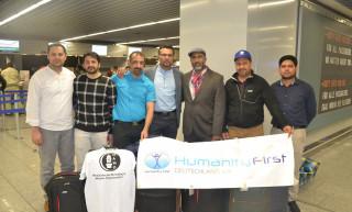 Pripadnici projektnog tima humanitarne pomoći sa uredskim djelatnicima MAMO i HFD